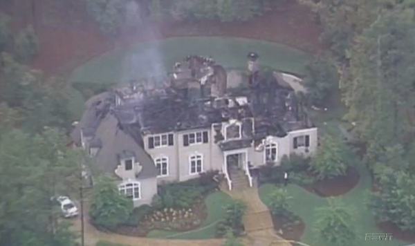 10 celebrities whose houses have burned down mandatory for Homes by andre