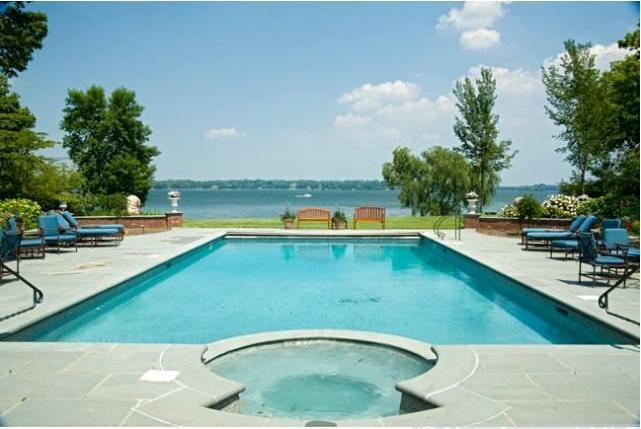 $24 Million Luxury Lakeshore Property in Unlikely Metro Area