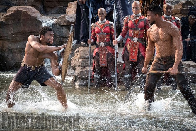 Marvel Studios' BLACK PANTHER L to R: T'Challa/Black Panther (Chadwick Boseman) and Erik Killmonger (Michael B. Jordan) Credit: Matt Kennedy/©Marvel Studios 2018