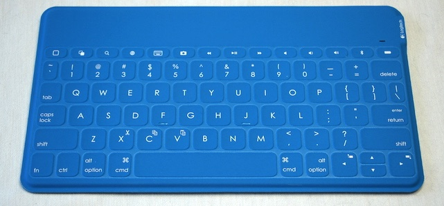 A hands-on look at Logitech's Keys-To-Go keyboard for iPad