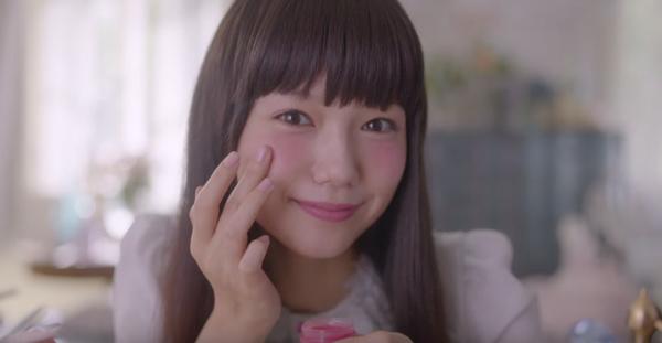 宮﨑あおいが食べて踊って楽しむ様子が、ただただ可愛すぎるCM公開【動画】