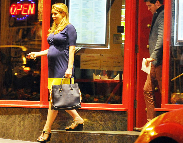 claire sweeney pregnant