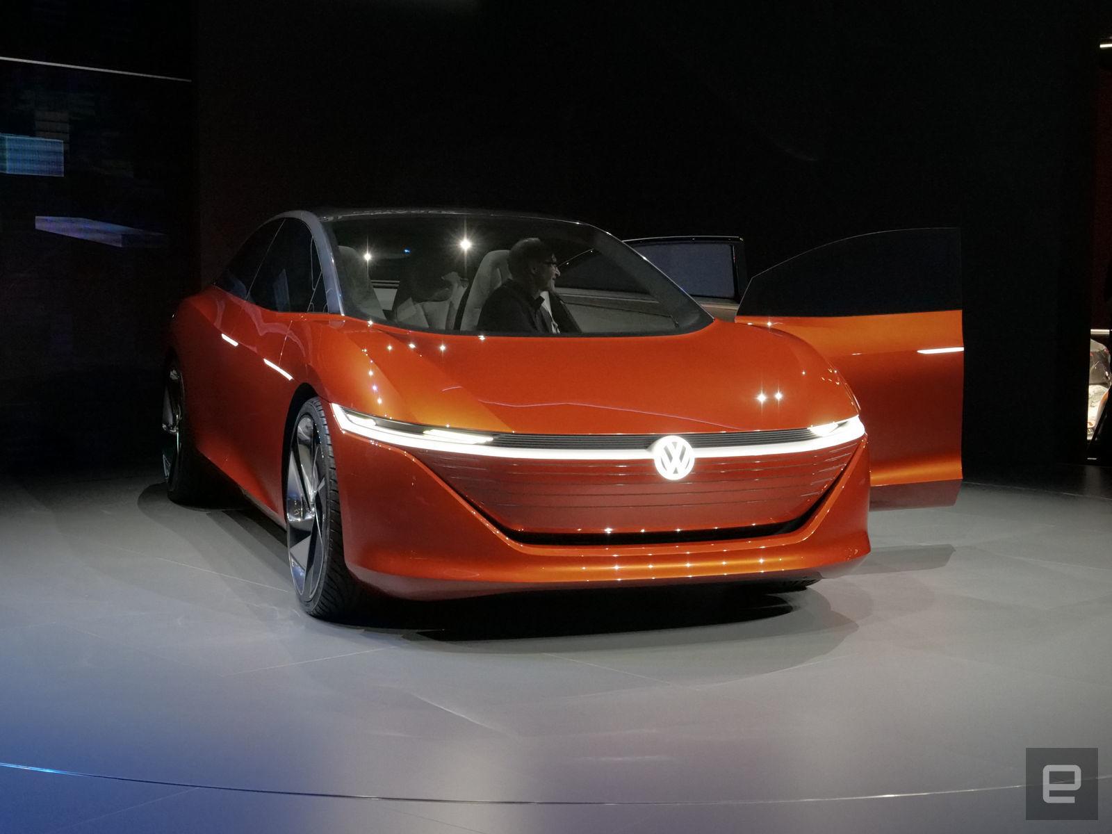 VW:  I.D. Vizzion kommt spätestens 2022 in die Autohäuser