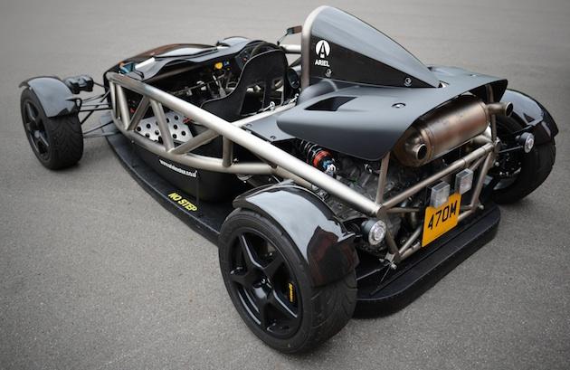 アリエル、車体下部の空気を吸い出してダウンフォースを発生させる「エアロPアトム」を発表