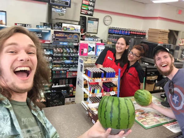 17 People That Absolutely Took Advantage OF 'Bring Your Own Cup Day' At 7-Eleven