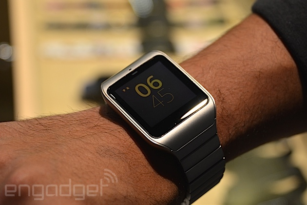 sony 39 s still new smartwatch 3 gets a stainless steel makeover. Black Bedroom Furniture Sets. Home Design Ideas