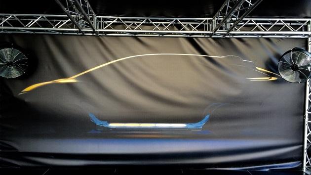米国の新興EVメーカー、ファラデー・フューチャーが新型車を予告するティーザーを公開
