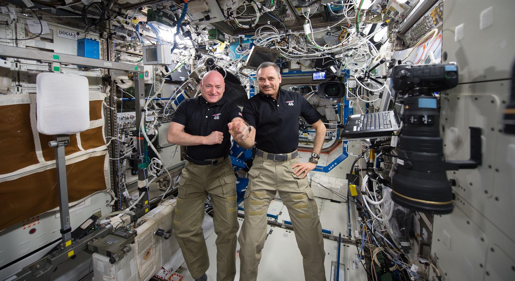 Vive en directo la vuelta de Scott Kelly a la Tierra después de un año en el espacio