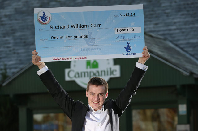 Dad wins £1 million with lottery scratch card while waiting for a bus to work