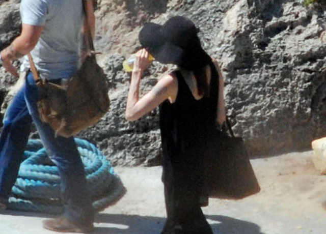 Angelina Jolie pictured without wedding ring in Malta