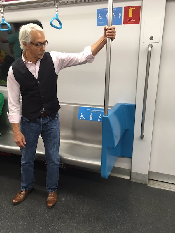 Check Out What This Old Dude Did When He Was Offered A Preferred Seat On The Train