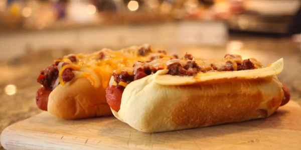 8-bit Cuisine: Sonic the Hedgehog's Chili Dogs