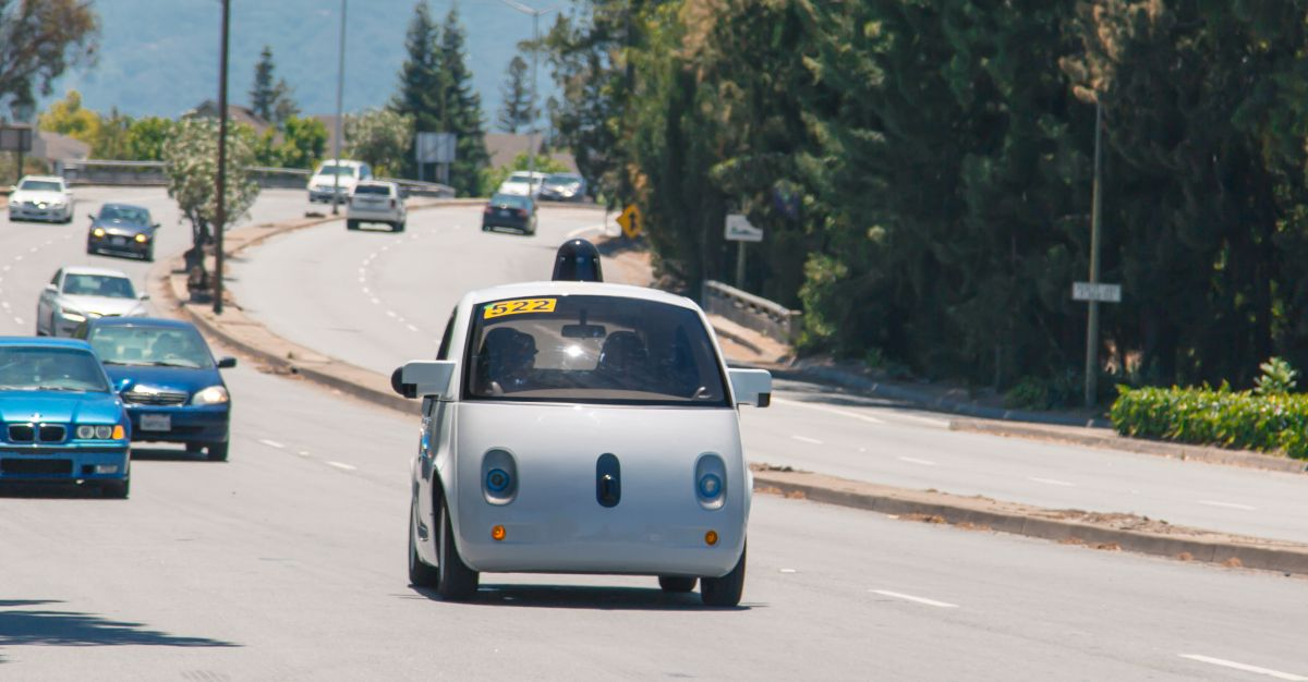 Google's cars have driven 1.2 million miles without getting a ticket