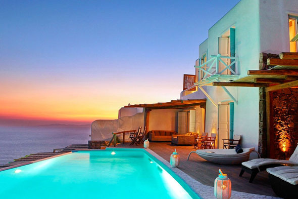 Luxury holiday villas ten beautiful places to stay around for Pool show near me