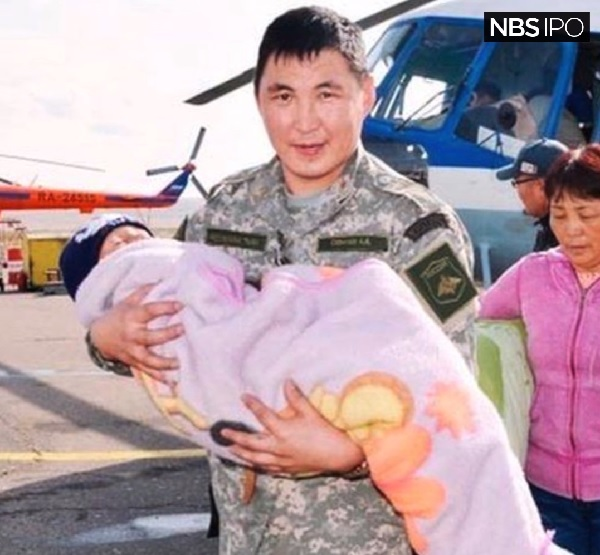 シベリアの大自然で3日間迷子になっていた3歳の男の子が無事救出される
