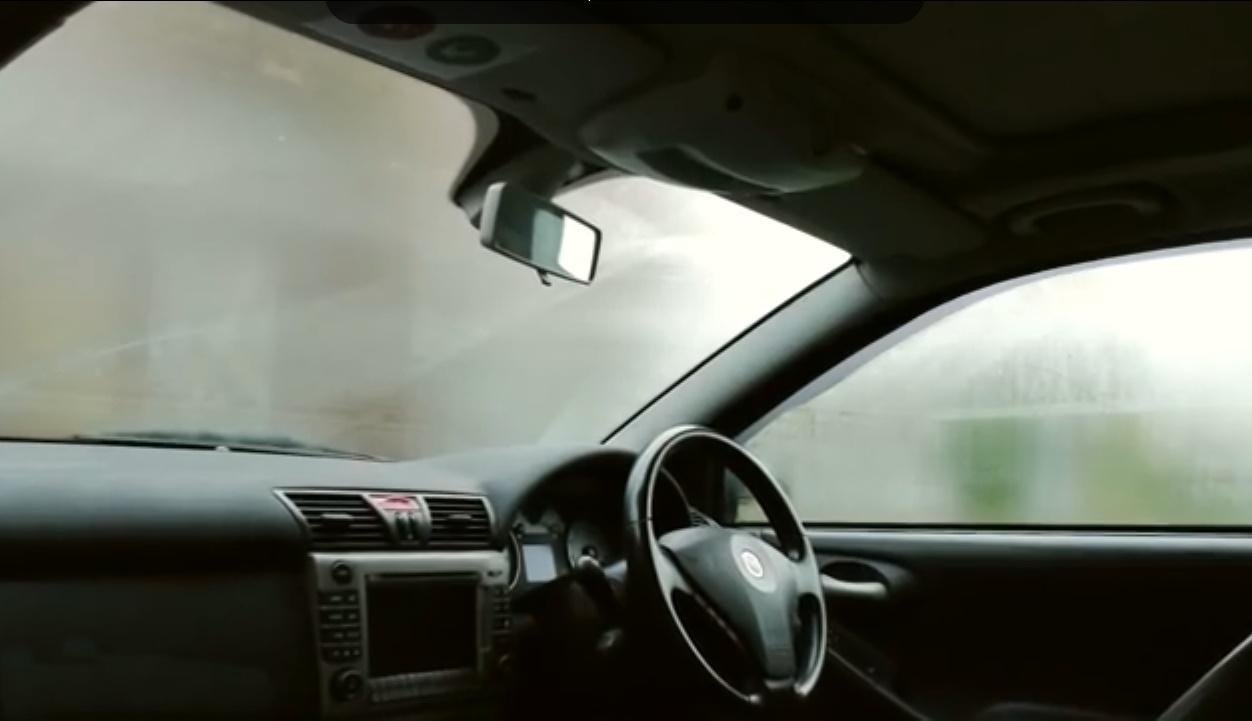 Tipp: Nie mehr beschlagene Autoscheiben