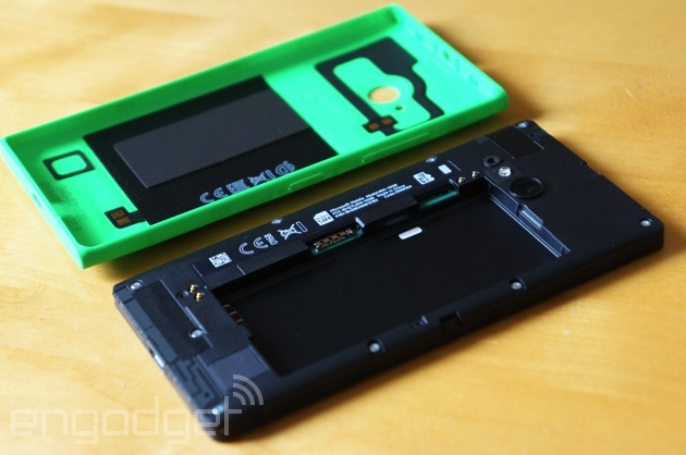 Lumia 735 with its shell off