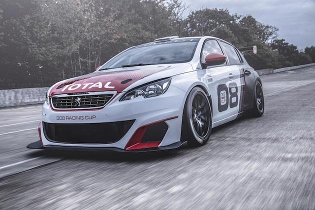 プジョー、開発中のレース仕様ホットハッチ「308 レーシング・カップ」を発表!