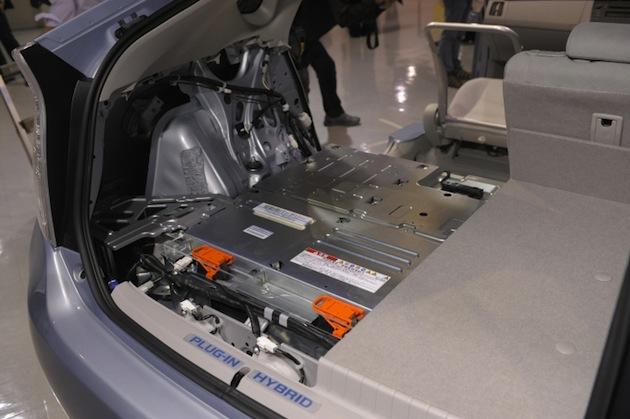 トヨタ、電気自動車に大きな進化をもたらす「全個体電池」を開発!