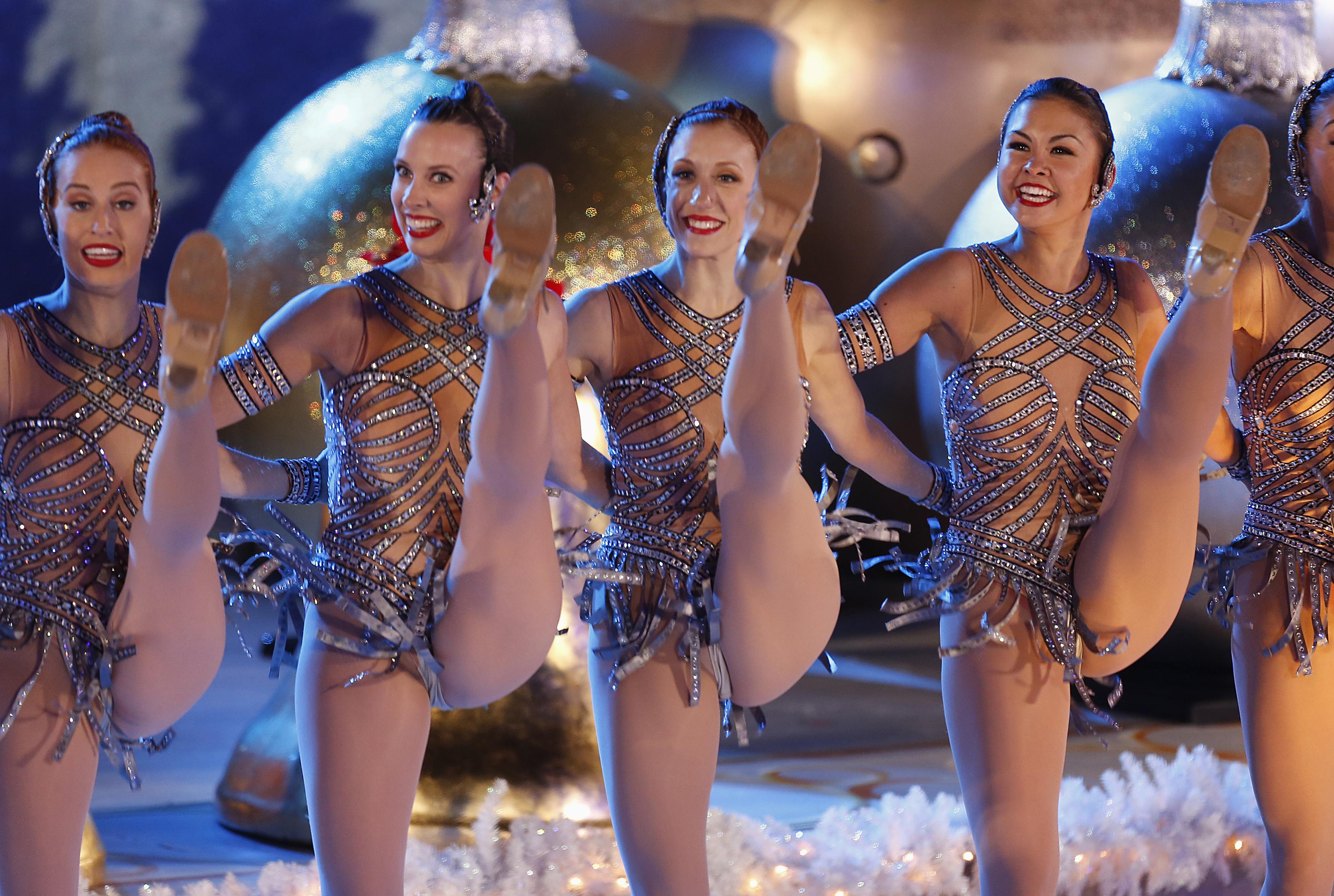 Танци голых девушек, Голые танцы 5 фотография
