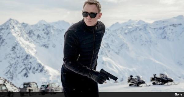 AppleとAmazonが『007』配給権の争奪戦に参加!