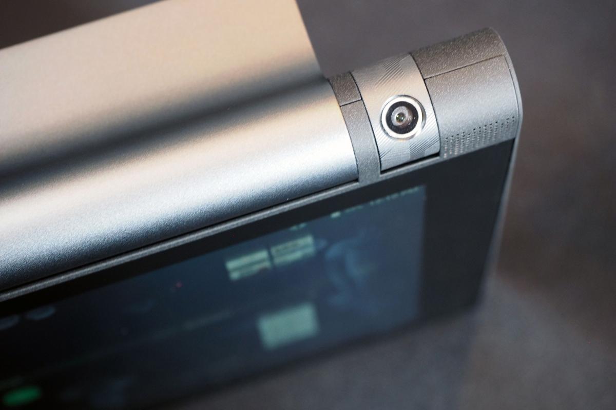 Lenovo выпустила планшет Yoga Tab 3 Pro со встроенным проектором в России