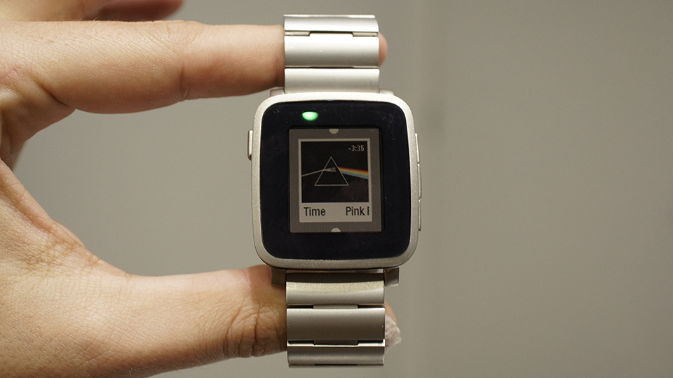 Pebble introduces a premium Steel version of its color smartwatch