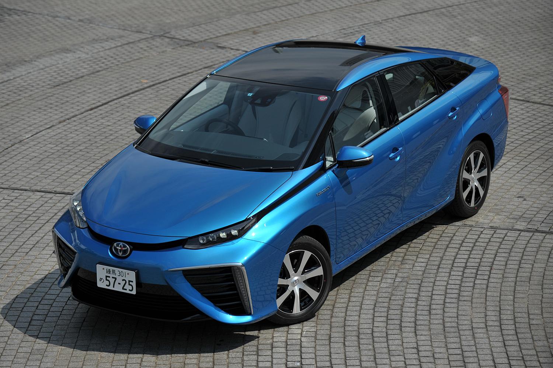 トヨタ、「スマートデバイスリンク」の導入を検討