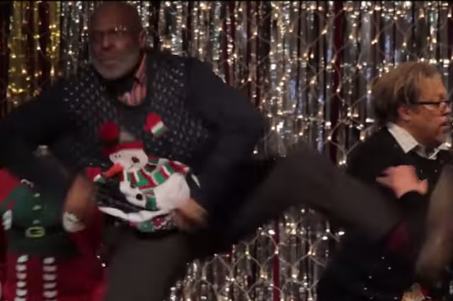 Dads dancing to Bruno Mars' 'Uptown Funk' will have you cringing (Video)