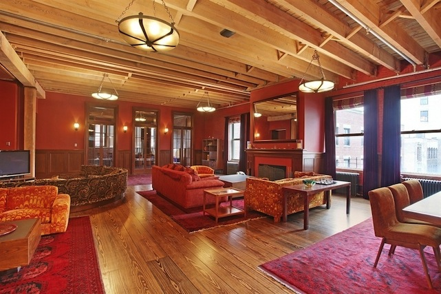Peter-Jacksons-apartment-living-romo-1c9a19.jpg