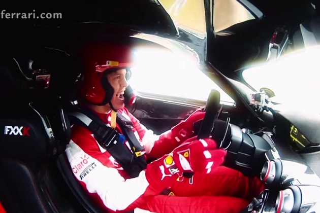ベッテルがフィオラノ・サーキットで「FXX K」をテストドライブ!