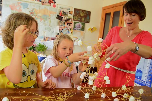 Science for kids: How to make spaghetti towers