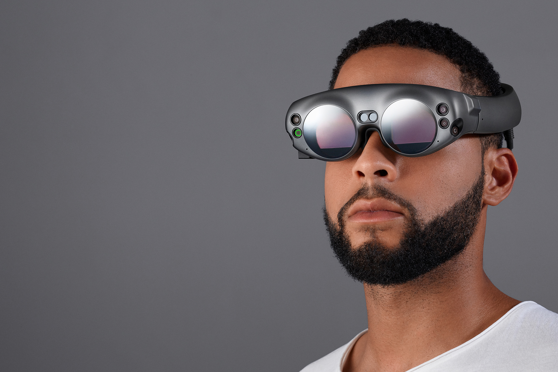photo image Magic Leap's mixed reality headset arrives this summer