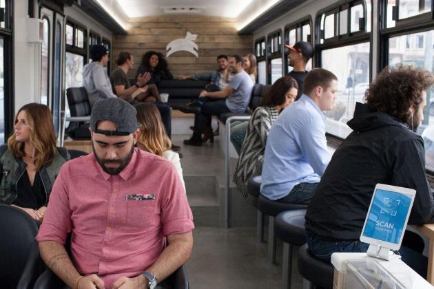 ちょっと贅沢な通勤バス「Leap」が米サンフランシスコに登場(ビデオ付)