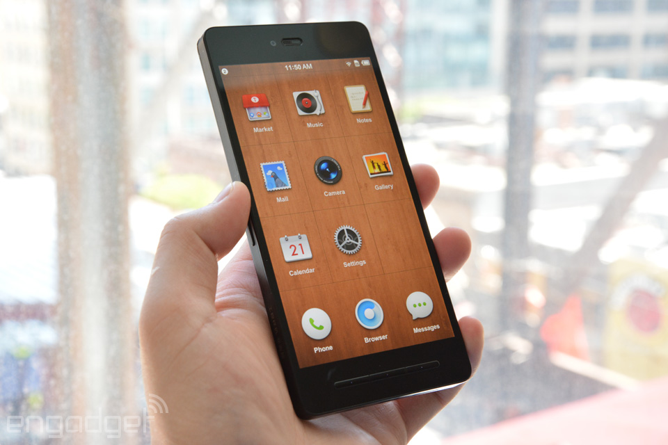 Meet the Smartisan T1, a surprisingly unique Android phone from China