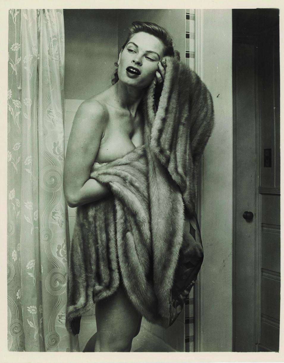 """""""L'origine del mondo"""": la storia del nudo femminile nelle fotografie erotiche dalla fine dell'Ottocento agli anni Sessanta"""