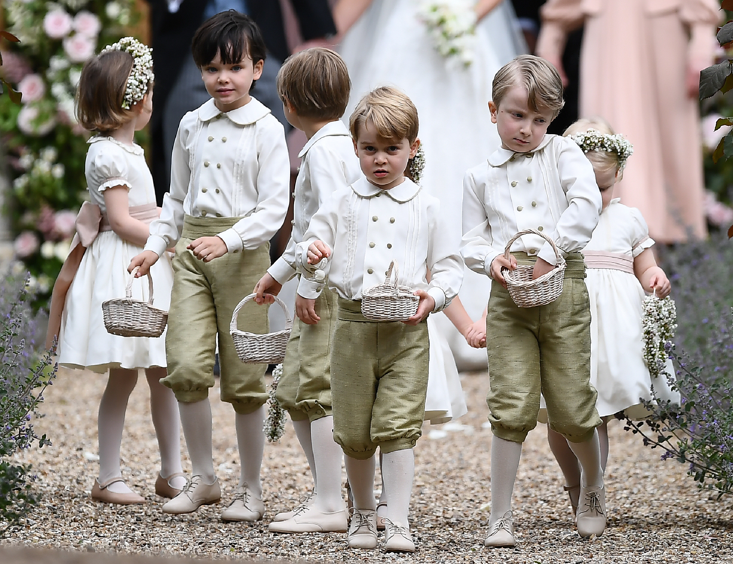 AFP Le prince George au mariage de sa tante Pippa Middleton, le 20 mai à  Englefield, à l\u0027ouest de Londres.
