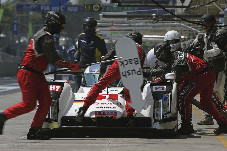 Audi R18 e-tron quattro #1 (Audi Sport Team Joest), Lucas di Grassi, Loïc Duval, Tom Kristensen