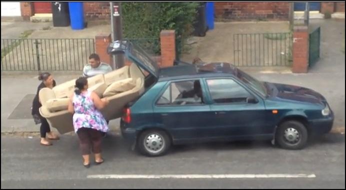 Video, lustig, komisch, witzig, auto, sofa, dumm, dümmer, trottel, dumb, sofa