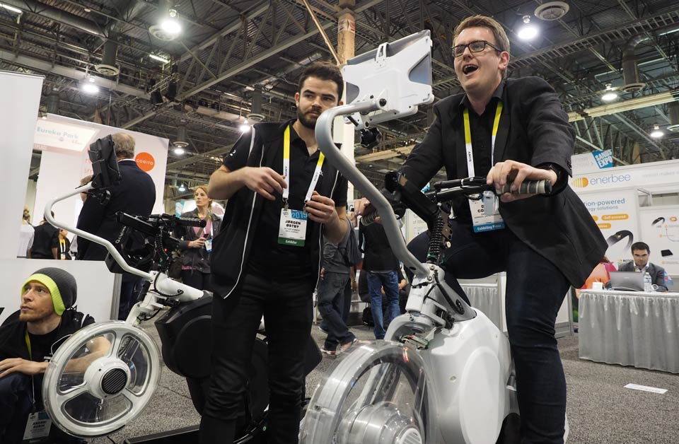 We go virtual trail biking on a robotic smart bike