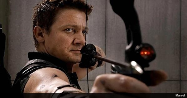 ジェレミー・レナーが撮影中に両腕を骨折・・・『アベンジャーズ:インフィニティ・ウォー』には影響なし