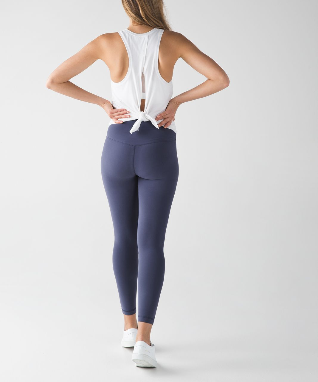 Reviews Of 14 Yoga Pants That Feel As Good As They Look