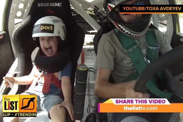 【ビデオ】助手席でドリフトを体験した5歳児のリアクションが秀逸