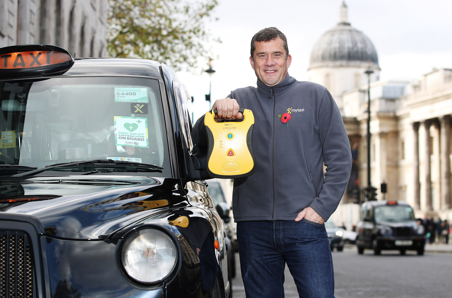 photo image Mytaxi offers London cabbies free medical training
