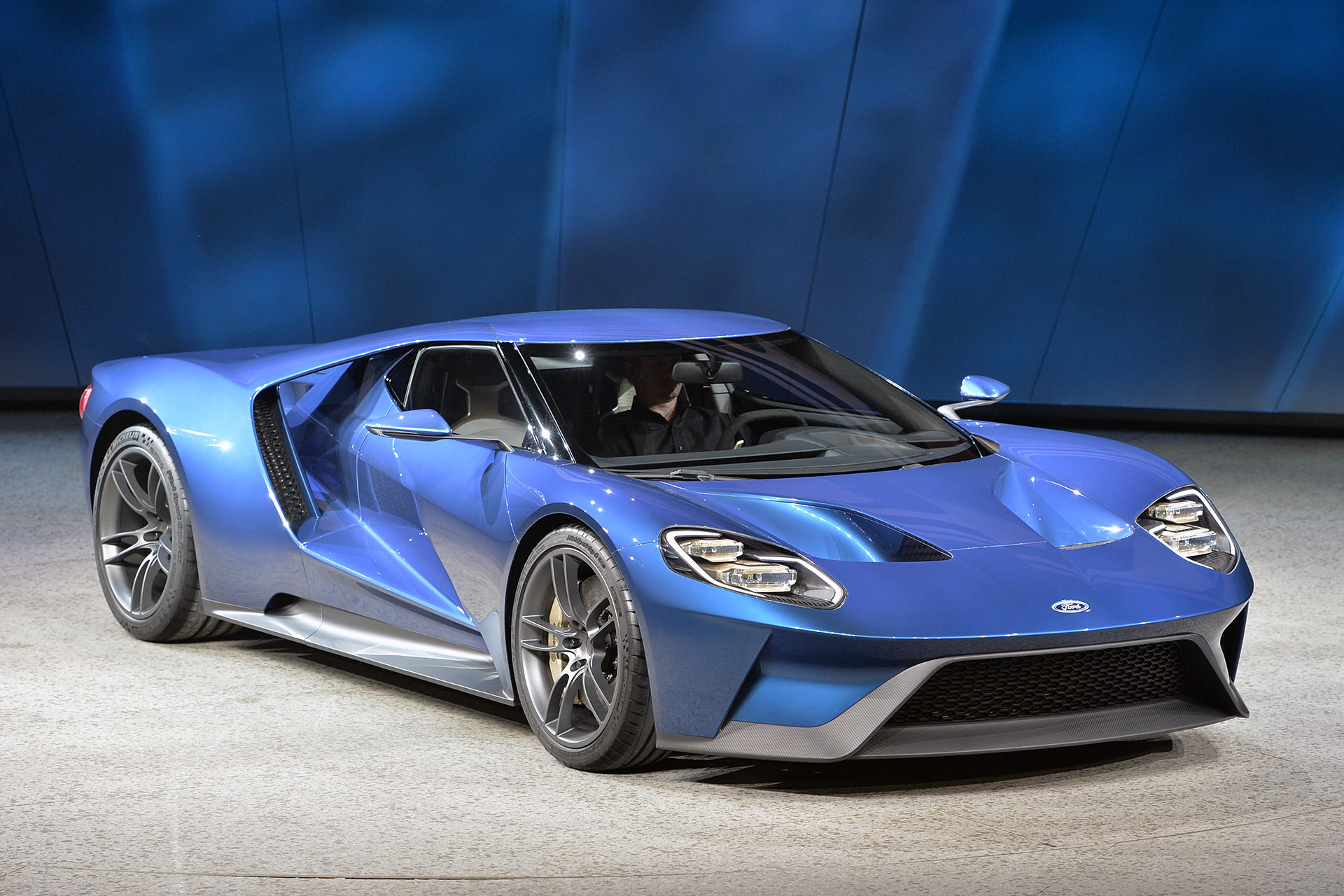 Ford GT concept adorns Forza 6 cover
