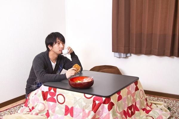 ネット上で話題の「1年に1回ぐらい無性に食べたくなる食べ物」No.1とは?