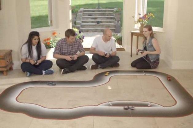 【ビデオ】ラジコンなのにCPU戦ができる!? 人工知能を備えた未来のラジコンカー「Real FX Racing」