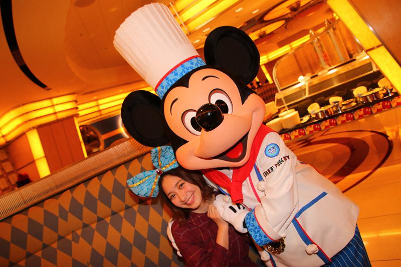 クリスマスのお楽しみは大人気のホテルにも!「ディズニーホテルのクリスマス」を体験!