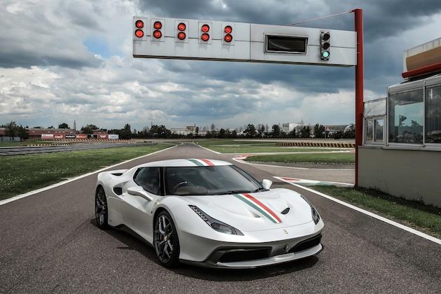 フェラーリ、英国人オーナーのためにワンオフで製作した「458 MM スペチアーレ」を公開