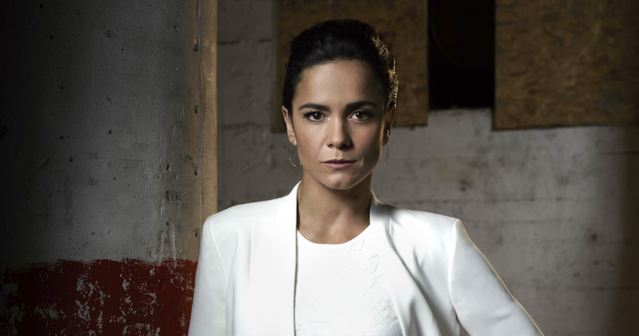 QUEEN OF THE SOUTH -- Season:1 -- Pictured: Alice Braga as Queen -- (Photo by: Justin Stephens/USA Network)
